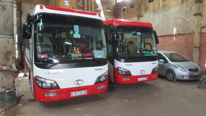 cho thue xe du lich 29 cho Thaco Town 2017 0909555783